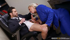 Deep to will not hear of pussy is though this thick secretary loves pleasing the boss