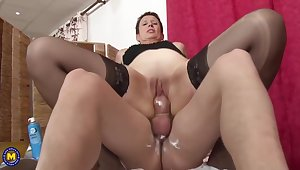 Boy Shaving And Fucking Grown-up Lady