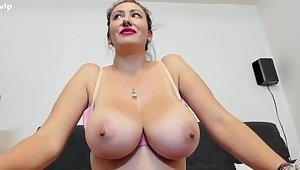 Lucky Amateur webcam model round beast tits teasing topless